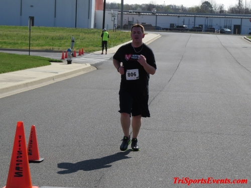 Heart & Sole 5K Run/Walk<br><br><br><br><a href='http://www.trisportsevents.com/pics/16_Heart_&_Sole_5k_169.JPG' download='16_Heart_&_Sole_5k_169.JPG'>Click here to download.</a><Br><a href='http://www.facebook.com/sharer.php?u=http:%2F%2Fwww.trisportsevents.com%2Fpics%2F16_Heart_&_Sole_5k_169.JPG&t=Heart & Sole 5K Run/Walk' target='_blank'><img src='images/fb_share.png' width='100'></a>