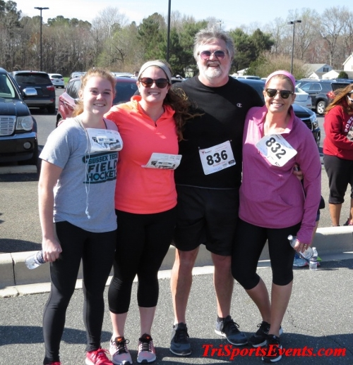 Heart & Sole 5K Run/Walk<br><br><br><br><a href='https://www.trisportsevents.com/pics/16_Heart_&_Sole_5k_182.JPG' download='16_Heart_&_Sole_5k_182.JPG'>Click here to download.</a><Br><a href='http://www.facebook.com/sharer.php?u=http:%2F%2Fwww.trisportsevents.com%2Fpics%2F16_Heart_&_Sole_5k_182.JPG&t=Heart & Sole 5K Run/Walk' target='_blank'><img src='images/fb_share.png' width='100'></a>