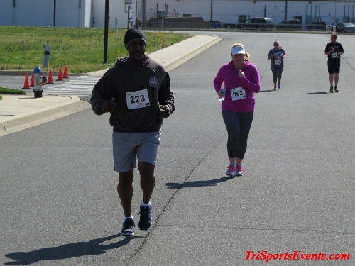 Heart & Sole 5K Run/Walk<br><br><br><br><a href='https://www.trisportsevents.com/pics/16_Heart_&_Sole_5k_184.JPG' download='16_Heart_&_Sole_5k_184.JPG'>Click here to download.</a><Br><a href='http://www.facebook.com/sharer.php?u=http:%2F%2Fwww.trisportsevents.com%2Fpics%2F16_Heart_&_Sole_5k_184.JPG&t=Heart & Sole 5K Run/Walk' target='_blank'><img src='images/fb_share.png' width='100'></a>