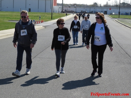 Heart & Sole 5K Run/Walk<br><br><br><br><a href='http://www.trisportsevents.com/pics/16_Heart_&_Sole_5k_207.JPG' download='16_Heart_&_Sole_5k_207.JPG'>Click here to download.</a><Br><a href='http://www.facebook.com/sharer.php?u=http:%2F%2Fwww.trisportsevents.com%2Fpics%2F16_Heart_&_Sole_5k_207.JPG&t=Heart & Sole 5K Run/Walk' target='_blank'><img src='images/fb_share.png' width='100'></a>