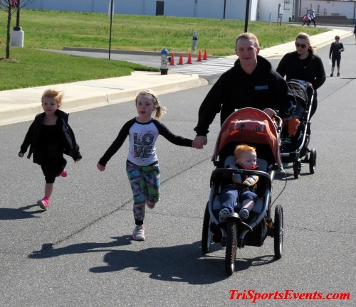 Heart & Sole 5K Run/Walk<br><br><br><br><a href='http://www.trisportsevents.com/pics/16_Heart_&_Sole_5k_211.JPG' download='16_Heart_&_Sole_5k_211.JPG'>Click here to download.</a><Br><a href='http://www.facebook.com/sharer.php?u=http:%2F%2Fwww.trisportsevents.com%2Fpics%2F16_Heart_&_Sole_5k_211.JPG&t=Heart & Sole 5K Run/Walk' target='_blank'><img src='images/fb_share.png' width='100'></a>