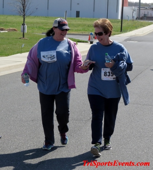 Heart & Sole 5K Run/Walk<br><br><br><br><a href='https://www.trisportsevents.com/pics/16_Heart_&_Sole_5k_232.JPG' download='16_Heart_&_Sole_5k_232.JPG'>Click here to download.</a><Br><a href='http://www.facebook.com/sharer.php?u=http:%2F%2Fwww.trisportsevents.com%2Fpics%2F16_Heart_&_Sole_5k_232.JPG&t=Heart & Sole 5K Run/Walk' target='_blank'><img src='images/fb_share.png' width='100'></a>