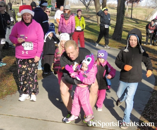 Share the Holiday Spirit 5K Run/Walk<br><br><br><br><a href='http://www.trisportsevents.com/pics/16_Holiday_Spirit_5K_005.JPG' download='16_Holiday_Spirit_5K_005.JPG'>Click here to download.</a><Br><a href='http://www.facebook.com/sharer.php?u=http:%2F%2Fwww.trisportsevents.com%2Fpics%2F16_Holiday_Spirit_5K_005.JPG&t=Share the Holiday Spirit 5K Run/Walk' target='_blank'><img src='images/fb_share.png' width='100'></a>