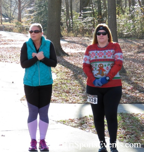 Share the Holiday Spirit 5K Run/Walk<br><br><br><br><a href='http://www.trisportsevents.com/pics/16_Holiday_Spirit_5K_006.JPG' download='16_Holiday_Spirit_5K_006.JPG'>Click here to download.</a><Br><a href='http://www.facebook.com/sharer.php?u=http:%2F%2Fwww.trisportsevents.com%2Fpics%2F16_Holiday_Spirit_5K_006.JPG&t=Share the Holiday Spirit 5K Run/Walk' target='_blank'><img src='images/fb_share.png' width='100'></a>