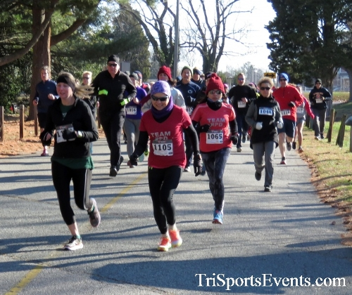 Share the Holiday Spirit 5K Run/Walk<br><br><br><br><a href='http://www.trisportsevents.com/pics/16_Holiday_Spirit_5K_011.JPG' download='16_Holiday_Spirit_5K_011.JPG'>Click here to download.</a><Br><a href='http://www.facebook.com/sharer.php?u=http:%2F%2Fwww.trisportsevents.com%2Fpics%2F16_Holiday_Spirit_5K_011.JPG&t=Share the Holiday Spirit 5K Run/Walk' target='_blank'><img src='images/fb_share.png' width='100'></a>
