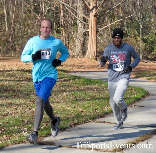 Share the Holiday Spirit 5K Run/Walk<br><br><br><br><a href='http://www.trisportsevents.com/pics/16_Holiday_Spirit_5K_024.JPG' download='16_Holiday_Spirit_5K_024.JPG'>Click here to download.</a><Br><a href='http://www.facebook.com/sharer.php?u=http:%2F%2Fwww.trisportsevents.com%2Fpics%2F16_Holiday_Spirit_5K_024.JPG&t=Share the Holiday Spirit 5K Run/Walk' target='_blank'><img src='images/fb_share.png' width='100'></a>
