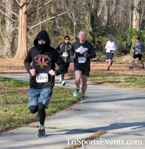 Share the Holiday Spirit 5K Run/Walk<br><br><br><br><a href='http://www.trisportsevents.com/pics/16_Holiday_Spirit_5K_025.JPG' download='16_Holiday_Spirit_5K_025.JPG'>Click here to download.</a><Br><a href='http://www.facebook.com/sharer.php?u=http:%2F%2Fwww.trisportsevents.com%2Fpics%2F16_Holiday_Spirit_5K_025.JPG&t=Share the Holiday Spirit 5K Run/Walk' target='_blank'><img src='images/fb_share.png' width='100'></a>