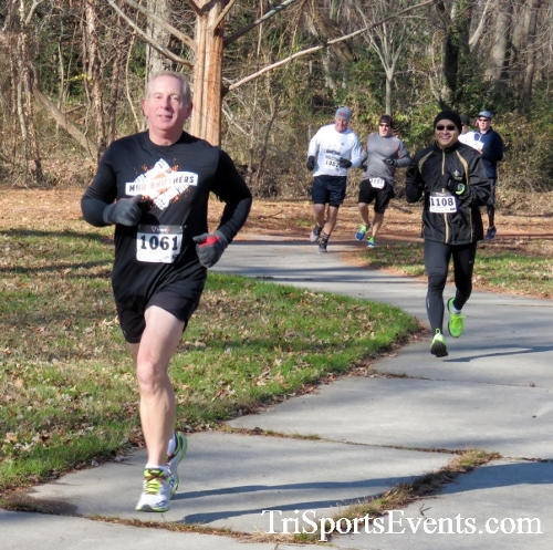 Share the Holiday Spirit 5K Run/Walk<br><br><br><br><a href='http://www.trisportsevents.com/pics/16_Holiday_Spirit_5K_026.JPG' download='16_Holiday_Spirit_5K_026.JPG'>Click here to download.</a><Br><a href='http://www.facebook.com/sharer.php?u=http:%2F%2Fwww.trisportsevents.com%2Fpics%2F16_Holiday_Spirit_5K_026.JPG&t=Share the Holiday Spirit 5K Run/Walk' target='_blank'><img src='images/fb_share.png' width='100'></a>