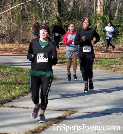 Share the Holiday Spirit 5K Run/Walk<br><br><br><br><a href='http://www.trisportsevents.com/pics/16_Holiday_Spirit_5K_030.JPG' download='16_Holiday_Spirit_5K_030.JPG'>Click here to download.</a><Br><a href='http://www.facebook.com/sharer.php?u=http:%2F%2Fwww.trisportsevents.com%2Fpics%2F16_Holiday_Spirit_5K_030.JPG&t=Share the Holiday Spirit 5K Run/Walk' target='_blank'><img src='images/fb_share.png' width='100'></a>