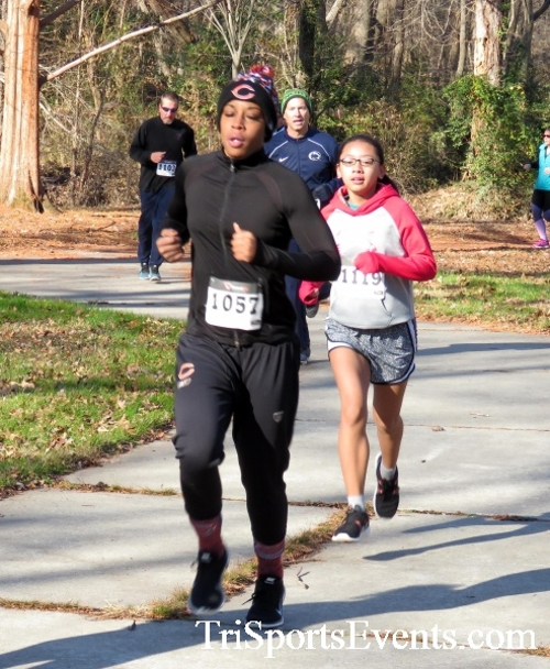 Share the Holiday Spirit 5K Run/Walk<br><br><br><br><a href='http://www.trisportsevents.com/pics/16_Holiday_Spirit_5K_031.JPG' download='16_Holiday_Spirit_5K_031.JPG'>Click here to download.</a><Br><a href='http://www.facebook.com/sharer.php?u=http:%2F%2Fwww.trisportsevents.com%2Fpics%2F16_Holiday_Spirit_5K_031.JPG&t=Share the Holiday Spirit 5K Run/Walk' target='_blank'><img src='images/fb_share.png' width='100'></a>