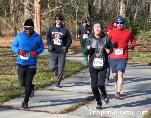 Share the Holiday Spirit 5K Run/Walk<br><br><br><br><a href='http://www.trisportsevents.com/pics/16_Holiday_Spirit_5K_037.JPG' download='16_Holiday_Spirit_5K_037.JPG'>Click here to download.</a><Br><a href='http://www.facebook.com/sharer.php?u=http:%2F%2Fwww.trisportsevents.com%2Fpics%2F16_Holiday_Spirit_5K_037.JPG&t=Share the Holiday Spirit 5K Run/Walk' target='_blank'><img src='images/fb_share.png' width='100'></a>