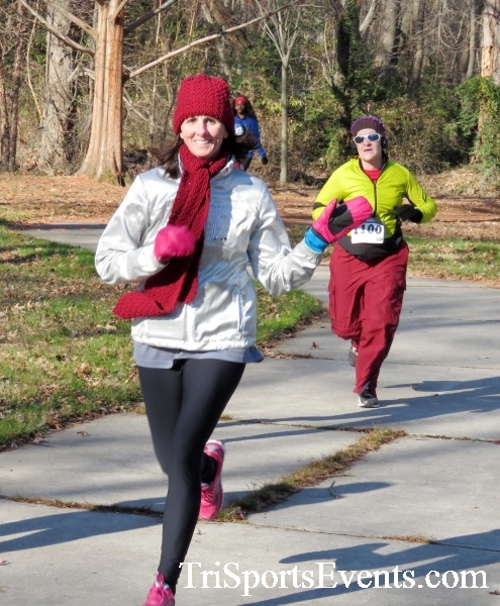 Share the Holiday Spirit 5K Run/Walk<br><br><br><br><a href='http://www.trisportsevents.com/pics/16_Holiday_Spirit_5K_038.JPG' download='16_Holiday_Spirit_5K_038.JPG'>Click here to download.</a><Br><a href='http://www.facebook.com/sharer.php?u=http:%2F%2Fwww.trisportsevents.com%2Fpics%2F16_Holiday_Spirit_5K_038.JPG&t=Share the Holiday Spirit 5K Run/Walk' target='_blank'><img src='images/fb_share.png' width='100'></a>