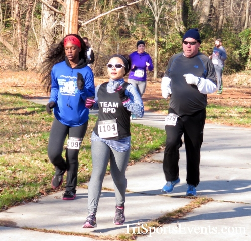 Share the Holiday Spirit 5K Run/Walk<br><br><br><br><a href='http://www.trisportsevents.com/pics/16_Holiday_Spirit_5K_040.JPG' download='16_Holiday_Spirit_5K_040.JPG'>Click here to download.</a><Br><a href='http://www.facebook.com/sharer.php?u=http:%2F%2Fwww.trisportsevents.com%2Fpics%2F16_Holiday_Spirit_5K_040.JPG&t=Share the Holiday Spirit 5K Run/Walk' target='_blank'><img src='images/fb_share.png' width='100'></a>