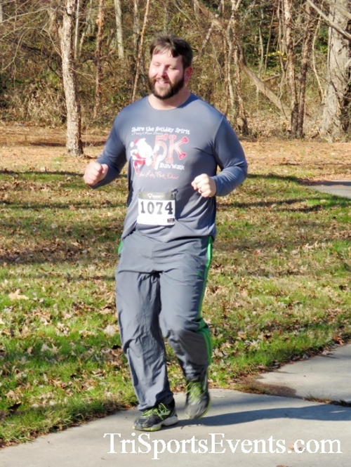 Share the Holiday Spirit 5K Run/Walk<br><br><br><br><a href='http://www.trisportsevents.com/pics/16_Holiday_Spirit_5K_042.JPG' download='16_Holiday_Spirit_5K_042.JPG'>Click here to download.</a><Br><a href='http://www.facebook.com/sharer.php?u=http:%2F%2Fwww.trisportsevents.com%2Fpics%2F16_Holiday_Spirit_5K_042.JPG&t=Share the Holiday Spirit 5K Run/Walk' target='_blank'><img src='images/fb_share.png' width='100'></a>