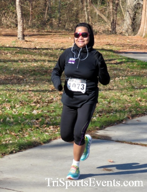 Share the Holiday Spirit 5K Run/Walk<br><br><br><br><a href='http://www.trisportsevents.com/pics/16_Holiday_Spirit_5K_044.JPG' download='16_Holiday_Spirit_5K_044.JPG'>Click here to download.</a><Br><a href='http://www.facebook.com/sharer.php?u=http:%2F%2Fwww.trisportsevents.com%2Fpics%2F16_Holiday_Spirit_5K_044.JPG&t=Share the Holiday Spirit 5K Run/Walk' target='_blank'><img src='images/fb_share.png' width='100'></a>