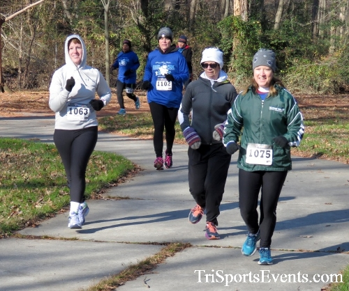 Share the Holiday Spirit 5K Run/Walk<br><br><br><br><a href='http://www.trisportsevents.com/pics/16_Holiday_Spirit_5K_051.JPG' download='16_Holiday_Spirit_5K_051.JPG'>Click here to download.</a><Br><a href='http://www.facebook.com/sharer.php?u=http:%2F%2Fwww.trisportsevents.com%2Fpics%2F16_Holiday_Spirit_5K_051.JPG&t=Share the Holiday Spirit 5K Run/Walk' target='_blank'><img src='images/fb_share.png' width='100'></a>