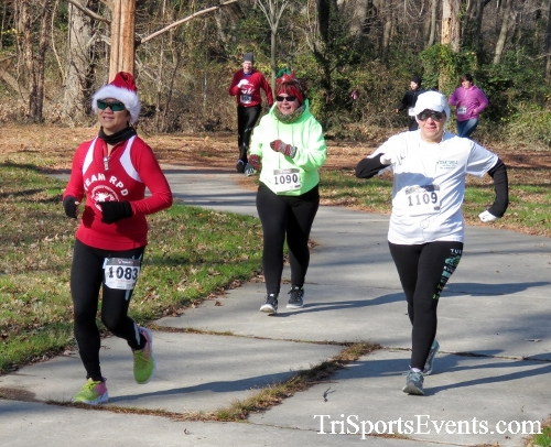 Share the Holiday Spirit 5K Run/Walk<br><br><br><br><a href='http://www.trisportsevents.com/pics/16_Holiday_Spirit_5K_058.JPG' download='16_Holiday_Spirit_5K_058.JPG'>Click here to download.</a><Br><a href='http://www.facebook.com/sharer.php?u=http:%2F%2Fwww.trisportsevents.com%2Fpics%2F16_Holiday_Spirit_5K_058.JPG&t=Share the Holiday Spirit 5K Run/Walk' target='_blank'><img src='images/fb_share.png' width='100'></a>