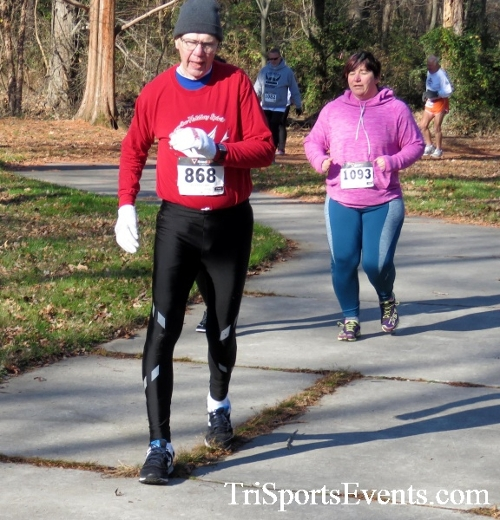 Share the Holiday Spirit 5K Run/Walk<br><br><br><br><a href='http://www.trisportsevents.com/pics/16_Holiday_Spirit_5K_060.JPG' download='16_Holiday_Spirit_5K_060.JPG'>Click here to download.</a><Br><a href='http://www.facebook.com/sharer.php?u=http:%2F%2Fwww.trisportsevents.com%2Fpics%2F16_Holiday_Spirit_5K_060.JPG&t=Share the Holiday Spirit 5K Run/Walk' target='_blank'><img src='images/fb_share.png' width='100'></a>