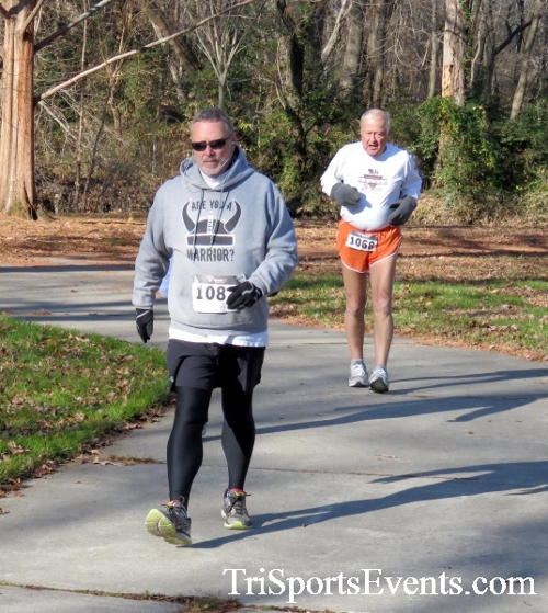 Share the Holiday Spirit 5K Run/Walk<br><br><br><br><a href='http://www.trisportsevents.com/pics/16_Holiday_Spirit_5K_062.JPG' download='16_Holiday_Spirit_5K_062.JPG'>Click here to download.</a><Br><a href='http://www.facebook.com/sharer.php?u=http:%2F%2Fwww.trisportsevents.com%2Fpics%2F16_Holiday_Spirit_5K_062.JPG&t=Share the Holiday Spirit 5K Run/Walk' target='_blank'><img src='images/fb_share.png' width='100'></a>