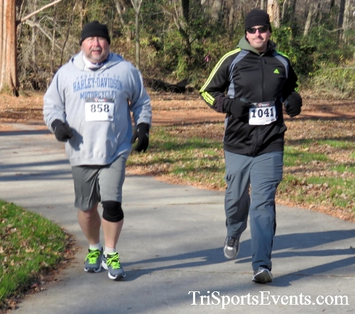 Share the Holiday Spirit 5K Run/Walk<br><br><br><br><a href='http://www.trisportsevents.com/pics/16_Holiday_Spirit_5K_064.JPG' download='16_Holiday_Spirit_5K_064.JPG'>Click here to download.</a><Br><a href='http://www.facebook.com/sharer.php?u=http:%2F%2Fwww.trisportsevents.com%2Fpics%2F16_Holiday_Spirit_5K_064.JPG&t=Share the Holiday Spirit 5K Run/Walk' target='_blank'><img src='images/fb_share.png' width='100'></a>