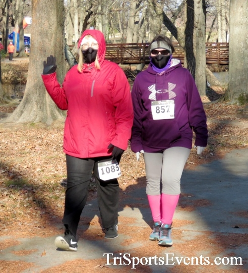 Share the Holiday Spirit 5K Run/Walk<br><br><br><br><a href='http://www.trisportsevents.com/pics/16_Holiday_Spirit_5K_066.JPG' download='16_Holiday_Spirit_5K_066.JPG'>Click here to download.</a><Br><a href='http://www.facebook.com/sharer.php?u=http:%2F%2Fwww.trisportsevents.com%2Fpics%2F16_Holiday_Spirit_5K_066.JPG&t=Share the Holiday Spirit 5K Run/Walk' target='_blank'><img src='images/fb_share.png' width='100'></a>