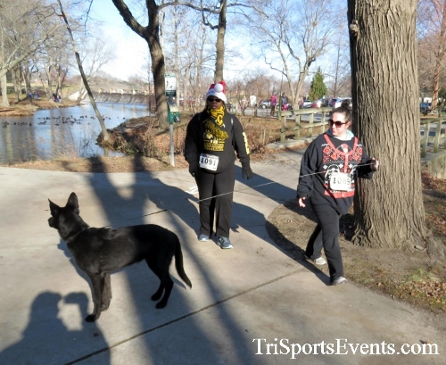 Share the Holiday Spirit 5K Run/Walk<br><br><br><br><a href='http://www.trisportsevents.com/pics/16_Holiday_Spirit_5K_067.JPG' download='16_Holiday_Spirit_5K_067.JPG'>Click here to download.</a><Br><a href='http://www.facebook.com/sharer.php?u=http:%2F%2Fwww.trisportsevents.com%2Fpics%2F16_Holiday_Spirit_5K_067.JPG&t=Share the Holiday Spirit 5K Run/Walk' target='_blank'><img src='images/fb_share.png' width='100'></a>