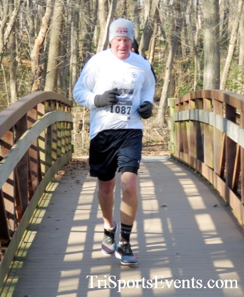 Share the Holiday Spirit 5K Run/Walk<br><br><br><br><a href='http://www.trisportsevents.com/pics/16_Holiday_Spirit_5K_080.JPG' download='16_Holiday_Spirit_5K_080.JPG'>Click here to download.</a><Br><a href='http://www.facebook.com/sharer.php?u=http:%2F%2Fwww.trisportsevents.com%2Fpics%2F16_Holiday_Spirit_5K_080.JPG&t=Share the Holiday Spirit 5K Run/Walk' target='_blank'><img src='images/fb_share.png' width='100'></a>
