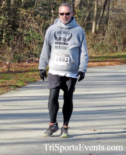 Share the Holiday Spirit 5K Run/Walk<br><br><br><br><a href='http://www.trisportsevents.com/pics/16_Holiday_Spirit_5K_124.JPG' download='16_Holiday_Spirit_5K_124.JPG'>Click here to download.</a><Br><a href='http://www.facebook.com/sharer.php?u=http:%2F%2Fwww.trisportsevents.com%2Fpics%2F16_Holiday_Spirit_5K_124.JPG&t=Share the Holiday Spirit 5K Run/Walk' target='_blank'><img src='images/fb_share.png' width='100'></a>