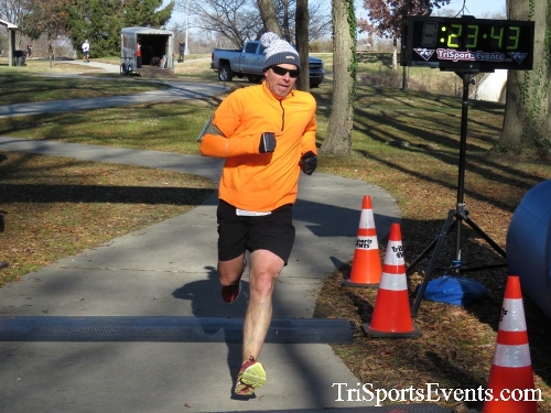 Share the Holiday Spirit 5K Run/Walk<br><br><br><br><a href='http://www.trisportsevents.com/pics/16_Holiday_Spirit_5K_127.JPG' download='16_Holiday_Spirit_5K_127.JPG'>Click here to download.</a><Br><a href='http://www.facebook.com/sharer.php?u=http:%2F%2Fwww.trisportsevents.com%2Fpics%2F16_Holiday_Spirit_5K_127.JPG&t=Share the Holiday Spirit 5K Run/Walk' target='_blank'><img src='images/fb_share.png' width='100'></a>