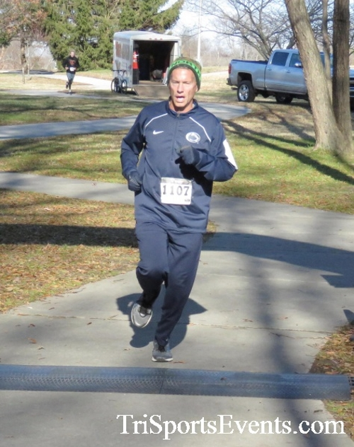 Share the Holiday Spirit 5K Run/Walk<br><br><br><br><a href='http://www.trisportsevents.com/pics/16_Holiday_Spirit_5K_136.JPG' download='16_Holiday_Spirit_5K_136.JPG'>Click here to download.</a><Br><a href='http://www.facebook.com/sharer.php?u=http:%2F%2Fwww.trisportsevents.com%2Fpics%2F16_Holiday_Spirit_5K_136.JPG&t=Share the Holiday Spirit 5K Run/Walk' target='_blank'><img src='images/fb_share.png' width='100'></a>