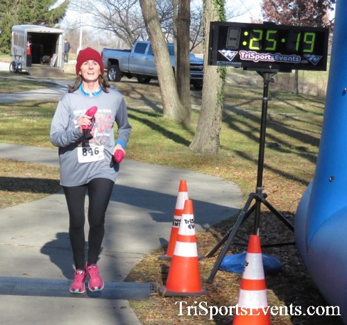 Share the Holiday Spirit 5K Run/Walk<br><br><br><br><a href='http://www.trisportsevents.com/pics/16_Holiday_Spirit_5K_138.JPG' download='16_Holiday_Spirit_5K_138.JPG'>Click here to download.</a><Br><a href='http://www.facebook.com/sharer.php?u=http:%2F%2Fwww.trisportsevents.com%2Fpics%2F16_Holiday_Spirit_5K_138.JPG&t=Share the Holiday Spirit 5K Run/Walk' target='_blank'><img src='images/fb_share.png' width='100'></a>