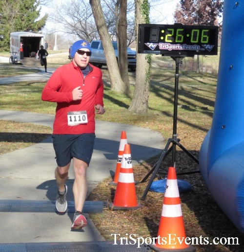 Share the Holiday Spirit 5K Run/Walk<br><br><br><br><a href='http://www.trisportsevents.com/pics/16_Holiday_Spirit_5K_141.JPG' download='16_Holiday_Spirit_5K_141.JPG'>Click here to download.</a><Br><a href='http://www.facebook.com/sharer.php?u=http:%2F%2Fwww.trisportsevents.com%2Fpics%2F16_Holiday_Spirit_5K_141.JPG&t=Share the Holiday Spirit 5K Run/Walk' target='_blank'><img src='images/fb_share.png' width='100'></a>
