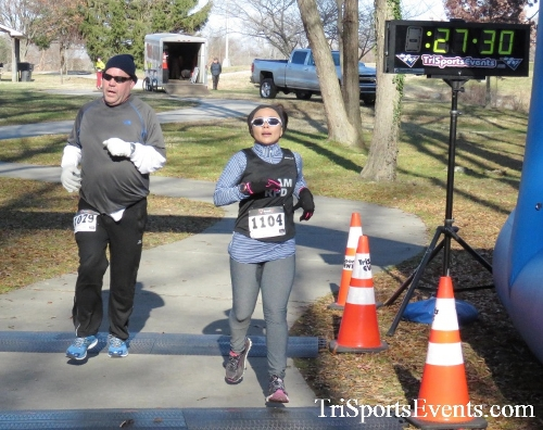 Share the Holiday Spirit 5K Run/Walk<br><br><br><br><a href='http://www.trisportsevents.com/pics/16_Holiday_Spirit_5K_149.JPG' download='16_Holiday_Spirit_5K_149.JPG'>Click here to download.</a><Br><a href='http://www.facebook.com/sharer.php?u=http:%2F%2Fwww.trisportsevents.com%2Fpics%2F16_Holiday_Spirit_5K_149.JPG&t=Share the Holiday Spirit 5K Run/Walk' target='_blank'><img src='images/fb_share.png' width='100'></a>