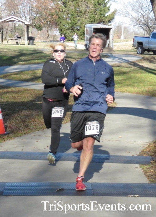 Share the Holiday Spirit 5K Run/Walk<br><br><br><br><a href='http://www.trisportsevents.com/pics/16_Holiday_Spirit_5K_155.JPG' download='16_Holiday_Spirit_5K_155.JPG'>Click here to download.</a><Br><a href='http://www.facebook.com/sharer.php?u=http:%2F%2Fwww.trisportsevents.com%2Fpics%2F16_Holiday_Spirit_5K_155.JPG&t=Share the Holiday Spirit 5K Run/Walk' target='_blank'><img src='images/fb_share.png' width='100'></a>