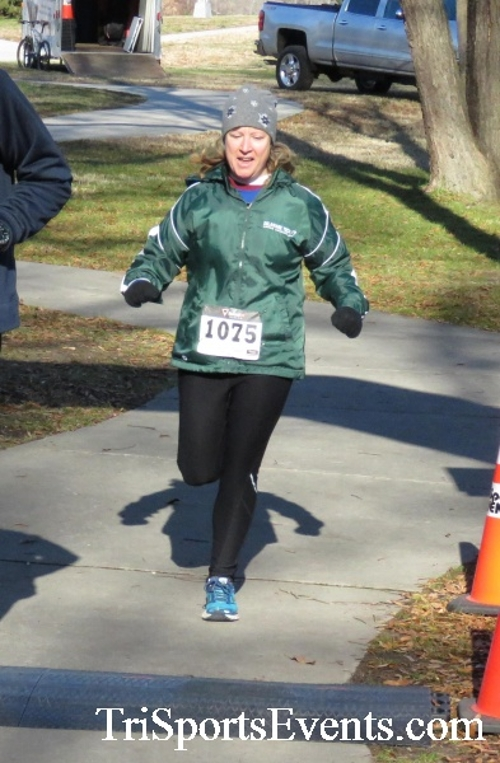 Share the Holiday Spirit 5K Run/Walk<br><br><br><br><a href='http://www.trisportsevents.com/pics/16_Holiday_Spirit_5K_162.JPG' download='16_Holiday_Spirit_5K_162.JPG'>Click here to download.</a><Br><a href='http://www.facebook.com/sharer.php?u=http:%2F%2Fwww.trisportsevents.com%2Fpics%2F16_Holiday_Spirit_5K_162.JPG&t=Share the Holiday Spirit 5K Run/Walk' target='_blank'><img src='images/fb_share.png' width='100'></a>