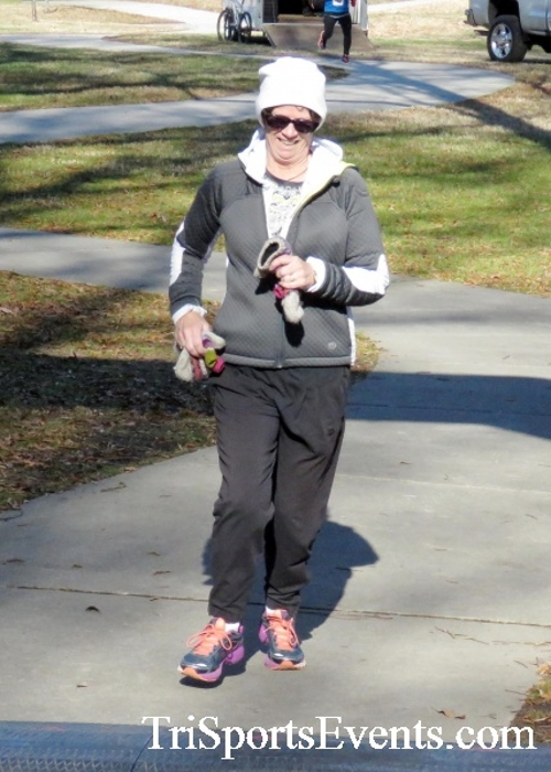 Share the Holiday Spirit 5K Run/Walk<br><br><br><br><a href='http://www.trisportsevents.com/pics/16_Holiday_Spirit_5K_165.JPG' download='16_Holiday_Spirit_5K_165.JPG'>Click here to download.</a><Br><a href='http://www.facebook.com/sharer.php?u=http:%2F%2Fwww.trisportsevents.com%2Fpics%2F16_Holiday_Spirit_5K_165.JPG&t=Share the Holiday Spirit 5K Run/Walk' target='_blank'><img src='images/fb_share.png' width='100'></a>