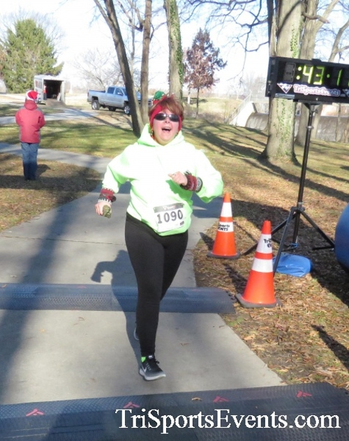 Share the Holiday Spirit 5K Run/Walk<br><br><br><br><a href='http://www.trisportsevents.com/pics/16_Holiday_Spirit_5K_192.JPG' download='16_Holiday_Spirit_5K_192.JPG'>Click here to download.</a><Br><a href='http://www.facebook.com/sharer.php?u=http:%2F%2Fwww.trisportsevents.com%2Fpics%2F16_Holiday_Spirit_5K_192.JPG&t=Share the Holiday Spirit 5K Run/Walk' target='_blank'><img src='images/fb_share.png' width='100'></a>