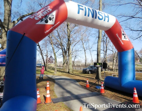 Share the Holiday Spirit 5K Run/Walk<br><br><br><br><a href='http://www.trisportsevents.com/pics/16_Holiday_Spirit_5K_194.JPG' download='16_Holiday_Spirit_5K_194.JPG'>Click here to download.</a><Br><a href='http://www.facebook.com/sharer.php?u=http:%2F%2Fwww.trisportsevents.com%2Fpics%2F16_Holiday_Spirit_5K_194.JPG&t=Share the Holiday Spirit 5K Run/Walk' target='_blank'><img src='images/fb_share.png' width='100'></a>