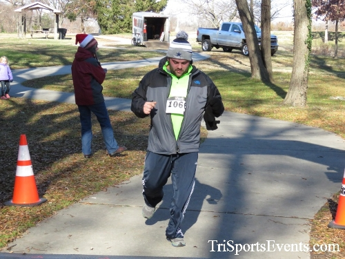 Share the Holiday Spirit 5K Run/Walk<br><br><br><br><a href='http://www.trisportsevents.com/pics/16_Holiday_Spirit_5K_208.JPG' download='16_Holiday_Spirit_5K_208.JPG'>Click here to download.</a><Br><a href='http://www.facebook.com/sharer.php?u=http:%2F%2Fwww.trisportsevents.com%2Fpics%2F16_Holiday_Spirit_5K_208.JPG&t=Share the Holiday Spirit 5K Run/Walk' target='_blank'><img src='images/fb_share.png' width='100'></a>