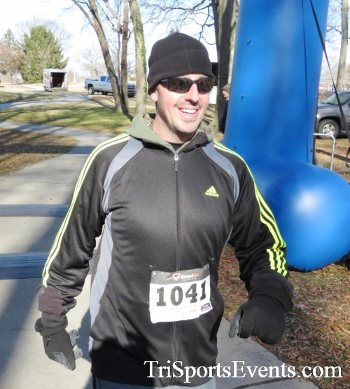 Share the Holiday Spirit 5K Run/Walk<br><br><br><br><a href='http://www.trisportsevents.com/pics/16_Holiday_Spirit_5K_211.JPG' download='16_Holiday_Spirit_5K_211.JPG'>Click here to download.</a><Br><a href='http://www.facebook.com/sharer.php?u=http:%2F%2Fwww.trisportsevents.com%2Fpics%2F16_Holiday_Spirit_5K_211.JPG&t=Share the Holiday Spirit 5K Run/Walk' target='_blank'><img src='images/fb_share.png' width='100'></a>