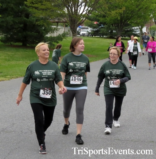 Holy Cross 5K Run/Walk<br><br><br><br><a href='https://www.trisportsevents.com/pics/16_Holy_Cross_5K_062.JPG' download='16_Holy_Cross_5K_062.JPG'>Click here to download.</a><Br><a href='http://www.facebook.com/sharer.php?u=http:%2F%2Fwww.trisportsevents.com%2Fpics%2F16_Holy_Cross_5K_062.JPG&t=Holy Cross 5K Run/Walk' target='_blank'><img src='images/fb_share.png' width='100'></a>