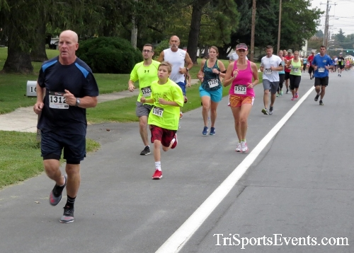 Center of the Universe 5K Run/Walk<br><br><br><br><a href='https://www.trisportsevents.com/pics/16_Magnolia_5K_008.JPG' download='16_Magnolia_5K_008.JPG'>Click here to download.</a><Br><a href='http://www.facebook.com/sharer.php?u=http:%2F%2Fwww.trisportsevents.com%2Fpics%2F16_Magnolia_5K_008.JPG&t=Center of the Universe 5K Run/Walk' target='_blank'><img src='images/fb_share.png' width='100'></a>