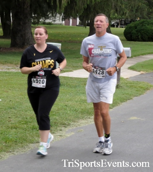Center of the Universe 5K Run/Walk<br><br><br><br><a href='http://www.trisportsevents.com/pics/16_Magnolia_5K_025.JPG' download='16_Magnolia_5K_025.JPG'>Click here to download.</a><Br><a href='http://www.facebook.com/sharer.php?u=http:%2F%2Fwww.trisportsevents.com%2Fpics%2F16_Magnolia_5K_025.JPG&t=Center of the Universe 5K Run/Walk' target='_blank'><img src='images/fb_share.png' width='100'></a>