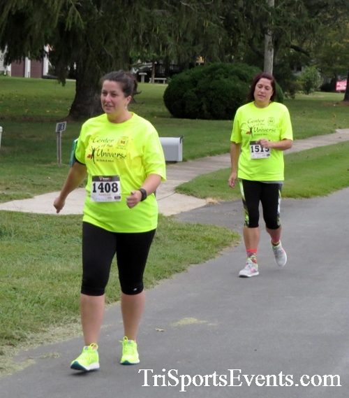 Center of the Universe 5K Run/Walk<br><br><br><br><a href='http://www.trisportsevents.com/pics/16_Magnolia_5K_035.JPG' download='16_Magnolia_5K_035.JPG'>Click here to download.</a><Br><a href='http://www.facebook.com/sharer.php?u=http:%2F%2Fwww.trisportsevents.com%2Fpics%2F16_Magnolia_5K_035.JPG&t=Center of the Universe 5K Run/Walk' target='_blank'><img src='images/fb_share.png' width='100'></a>