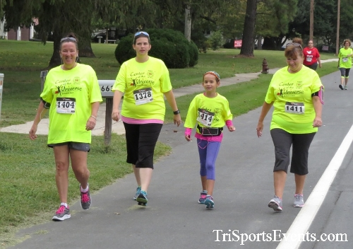 Center of the Universe 5K Run/Walk<br><br><br><br><a href='http://www.trisportsevents.com/pics/16_Magnolia_5K_041.JPG' download='16_Magnolia_5K_041.JPG'>Click here to download.</a><Br><a href='http://www.facebook.com/sharer.php?u=http:%2F%2Fwww.trisportsevents.com%2Fpics%2F16_Magnolia_5K_041.JPG&t=Center of the Universe 5K Run/Walk' target='_blank'><img src='images/fb_share.png' width='100'></a>