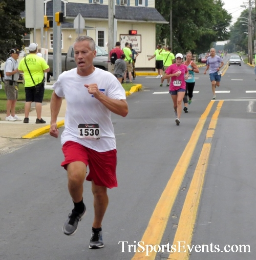 Center of the Universe 5K Run/Walk<br><br><br><br><a href='http://www.trisportsevents.com/pics/16_Magnolia_5K_064.JPG' download='16_Magnolia_5K_064.JPG'>Click here to download.</a><Br><a href='http://www.facebook.com/sharer.php?u=http:%2F%2Fwww.trisportsevents.com%2Fpics%2F16_Magnolia_5K_064.JPG&t=Center of the Universe 5K Run/Walk' target='_blank'><img src='images/fb_share.png' width='100'></a>