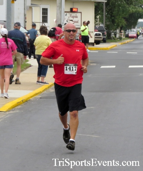 Center of the Universe 5K Run/Walk<br><br><br><br><a href='http://www.trisportsevents.com/pics/16_Magnolia_5K_083.JPG' download='16_Magnolia_5K_083.JPG'>Click here to download.</a><Br><a href='http://www.facebook.com/sharer.php?u=http:%2F%2Fwww.trisportsevents.com%2Fpics%2F16_Magnolia_5K_083.JPG&t=Center of the Universe 5K Run/Walk' target='_blank'><img src='images/fb_share.png' width='100'></a>