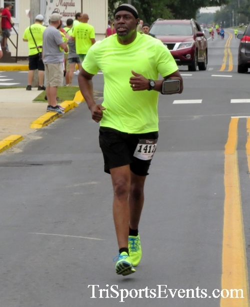 Center of the Universe 5K Run/Walk<br><br><br><br><a href='http://www.trisportsevents.com/pics/16_Magnolia_5K_092.JPG' download='16_Magnolia_5K_092.JPG'>Click here to download.</a><Br><a href='http://www.facebook.com/sharer.php?u=http:%2F%2Fwww.trisportsevents.com%2Fpics%2F16_Magnolia_5K_092.JPG&t=Center of the Universe 5K Run/Walk' target='_blank'><img src='images/fb_share.png' width='100'></a>