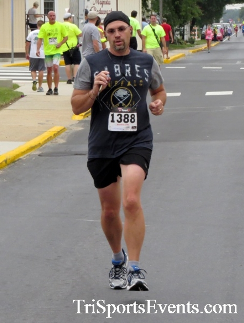 Center of the Universe 5K Run/Walk<br><br><br><br><a href='http://www.trisportsevents.com/pics/16_Magnolia_5K_093.JPG' download='16_Magnolia_5K_093.JPG'>Click here to download.</a><Br><a href='http://www.facebook.com/sharer.php?u=http:%2F%2Fwww.trisportsevents.com%2Fpics%2F16_Magnolia_5K_093.JPG&t=Center of the Universe 5K Run/Walk' target='_blank'><img src='images/fb_share.png' width='100'></a>