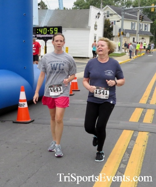 Center of the Universe 5K Run/Walk<br><br><br><br><a href='http://www.trisportsevents.com/pics/16_Magnolia_5K_128.JPG' download='16_Magnolia_5K_128.JPG'>Click here to download.</a><Br><a href='http://www.facebook.com/sharer.php?u=http:%2F%2Fwww.trisportsevents.com%2Fpics%2F16_Magnolia_5K_128.JPG&t=Center of the Universe 5K Run/Walk' target='_blank'><img src='images/fb_share.png' width='100'></a>